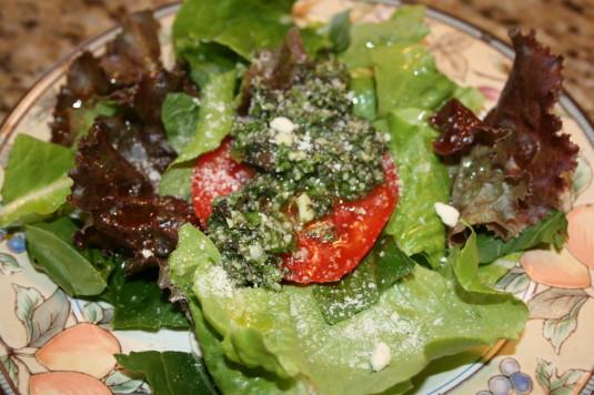 tomato pesto salad