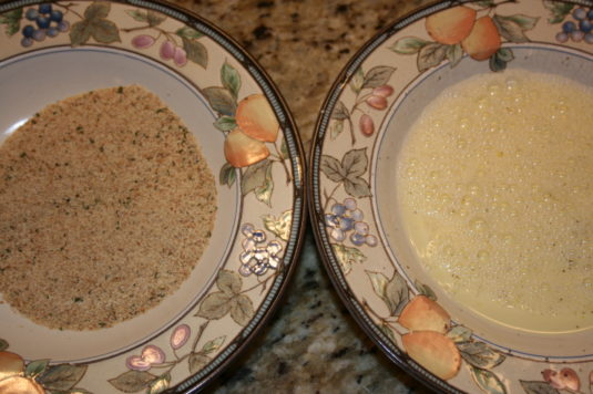 bread-crumbs-and-egg-mixture